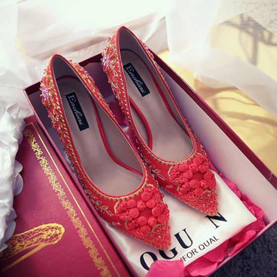0a0ca5cfd690 chic-beautiful-red-wedding-shoes-2018-embroidered-beading-crystal-pointed- toe-pumps-560x560.jpg