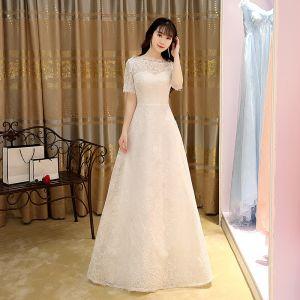 Modest / Simple White Evening Dresses  2017 A-Line / Princess Floor-Length / Long Square Neckline Short Sleeve Tassel Lace Formal Dresses