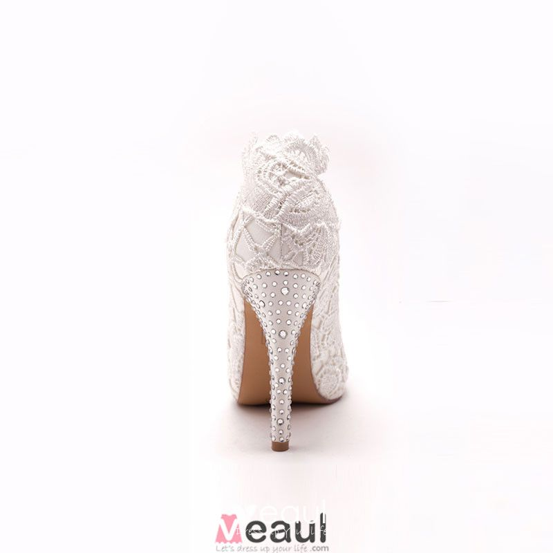 White Fish Head Lace Bridal Shoes / Wedding Shoes / Woman