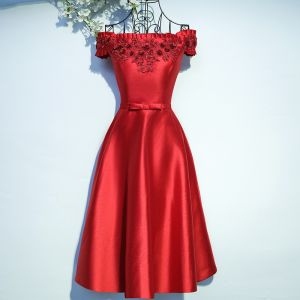 Chic / Beautiful Red Formal Dresses Graduation Dresses 2017 Lace Flower Rhinestone Tea-length Square Neckline Short Sleeve A-Line / Princess