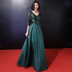 Chic / Belle Vert Foncé Robe De Soirée 2018 Princesse Paillettes Noeud V-Cou Dos Nu 3/4 Manches Longue Robe De Ceremonie