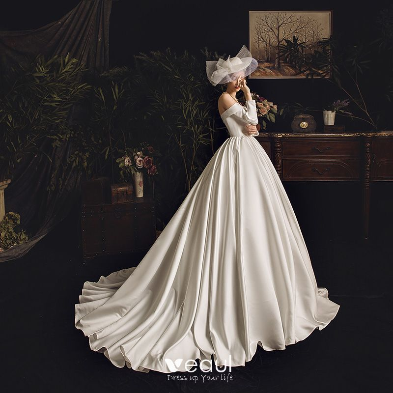 Modest / Simple Ivory Satin Wedding Dresses 2019 Princess