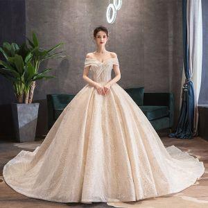 Luxus / Herrlich Champagner Brautkleider / Hochzeitskleider 2019 Ballkleid Off Shoulder Pailletten Kurze Ärmel Rückenfreies Königliche Schleppe
