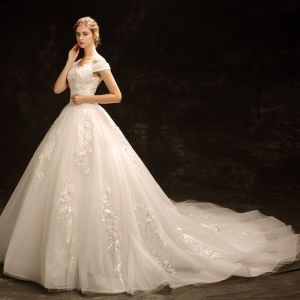 Modest / Simple Ivory Wedding Dresses 2018 Ball Gown Off-The-Shoulder Short Sleeve Backless Appliques Lace Beading Pearl Ruffle Chapel Train