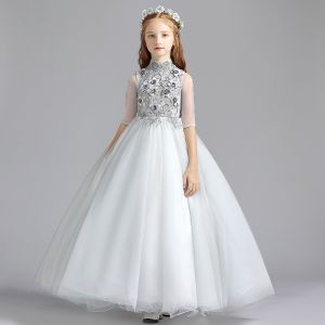Vintage Grau Blumenmädchenkleider 2019 A Linie Stehkragen 1/2 Ärmel Applikationen Spitze Perle Lange Rüschen Kleider Für Hochzeit