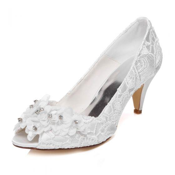Elegant Satin Ivory Wedding Shoes 2021 Rhinestone Appliques Lace Flower 6 cm Stiletto Heels Open / Peep Toe Wedding High Heels