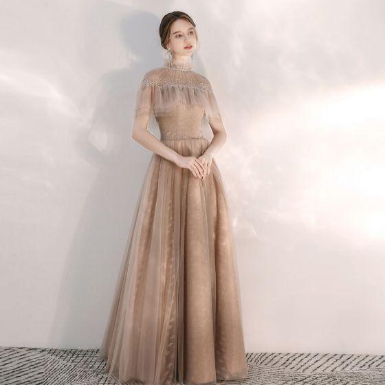 Vintage Szampan Sukienki Wieczorowe 2020 Princessa Przezroczyste Wysokiej Szyi Kótkie Rękawy Frezowanie Kryształ Długie Bez Pleców Sukienki Wizytowe