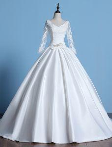 2016 Vintage V-ausschnitt-spitze Mit Langen Ärmeln Dicken Rüsche-satin-ballkleid Brautkleid