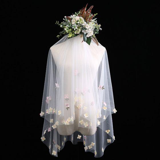 Charmant Weiß Kurze Brautschleier Applikationen Blumen Chiffon Hochzeit Brautaccessoires 2019
