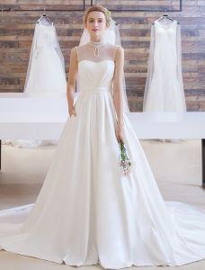 Elegant Bröllopsklänningar 2016 A-line Beading Hög Pärlha Rufsa Satin Brudklänning Med Långa Tåg