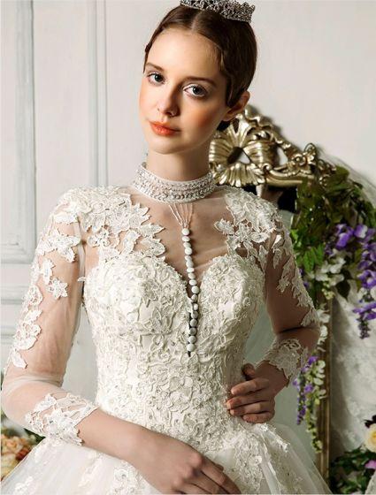 Utsökta Handgjorda Axlar 3/4 Ärmar Applikationer Spets Balklänning Brud Bröllopsklänningar
