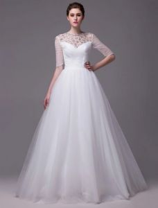 2015 A-line Beading Neckline Scoop Neck 1/2 Sleeves Ruffles Organza Wedding Dress