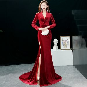 Chic / Beautiful Burgundy Evening Dresses  2019 Trumpet / Mermaid V-Neck Suede Long Sleeve Split Front Court Train Formal Dresses