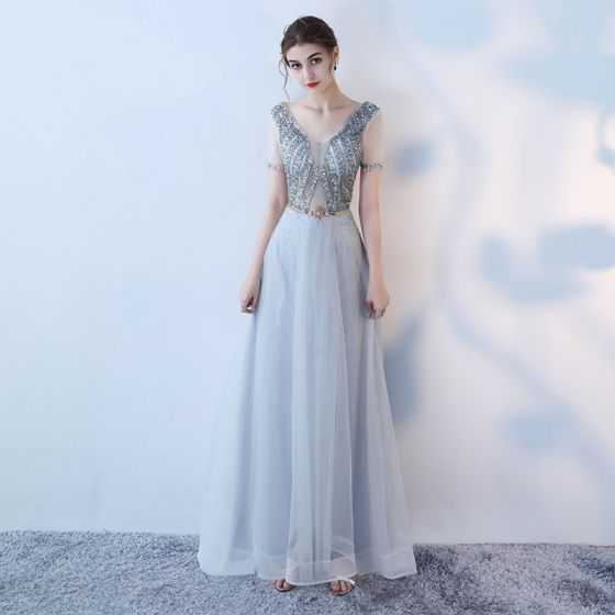 Eleganta Grå Aftonklänningar 2019 Prinsessa V-Hals Rhinestone Paljetter Korta ärm Metall Skärp Halterneck Ankellång Formella Klänningar