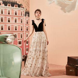 Moderne / Mode Noire Robe De Soirée 2019 Princesse V-Cou En Dentelle Paillettes Étoile Daim Noeud Sans Manches Longue Robe De Ceremonie