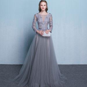 Iluzja Szary Sukienki Wieczorowe 2018 Princessa Wycięciem Długie Rękawy Aplikacje Z Koronki Frezowanie Szarfa Trenem Sąd Wzburzyć Bez Pleców Sukienki Wizytowe