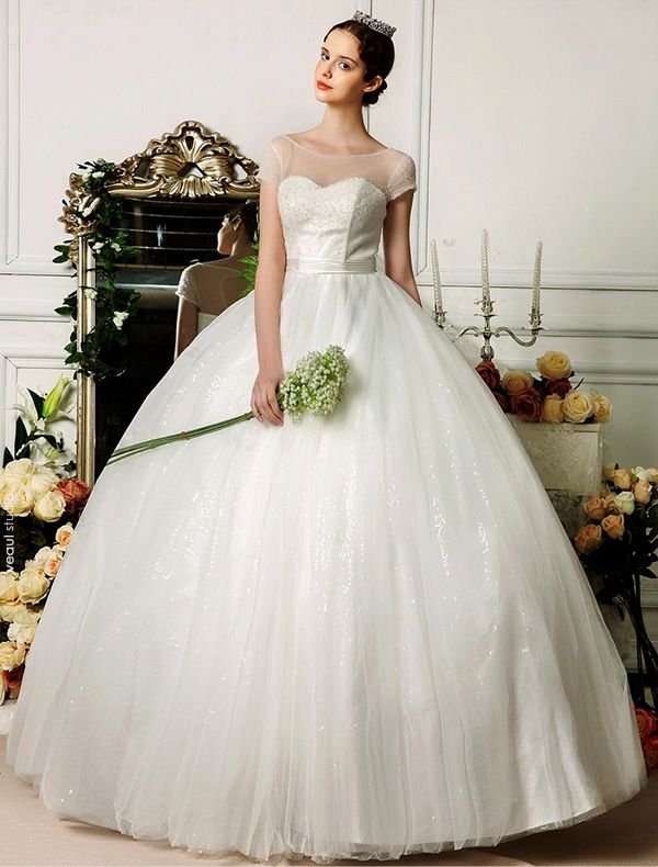 2015 Sweetheart Scoop Neck Beading Short Sleeves Floor-length Ball Gown Wedding Dress