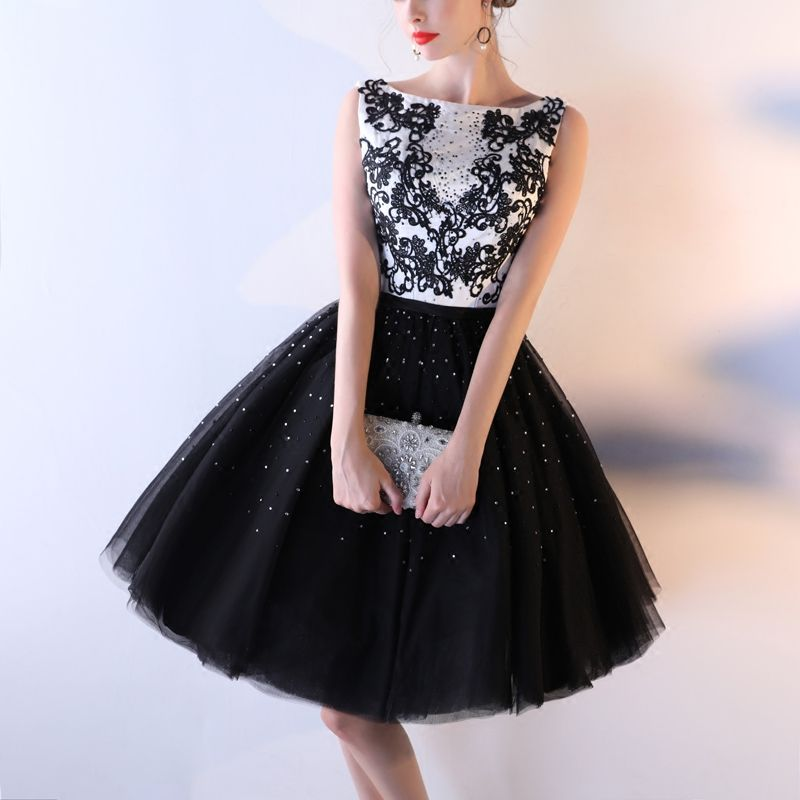 Sexy Black Graduation Dresses 2017 Ball Gown Lace Flower Backless Sequins Rhinestone Square Neckline Sleeveless Short Formal Dresses