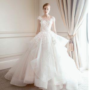 Elegant Champagne Wedding Dresses 2018 Ball Gown Lace Flower Scoop Neck Backless Cap Sleeves Cathedral Train Wedding