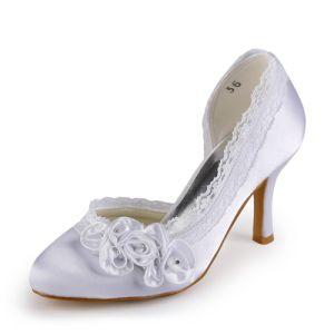 Belle Dentelle Chaussures De Mariée Talons Aiguilles En Satin Escarpins Avec Des Fleurs