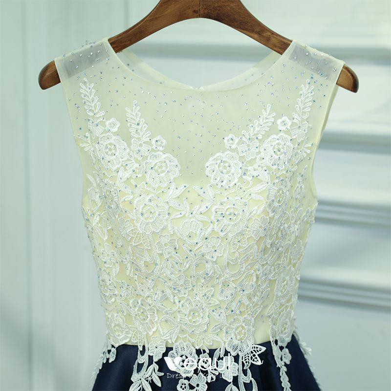 Chic / Beautiful Navy Blue Graduation Dresses 2017 A-Line / Princess Lace Flower Sequins Zipper Up Scoop Neck Sleeveless Short Formal Dresses