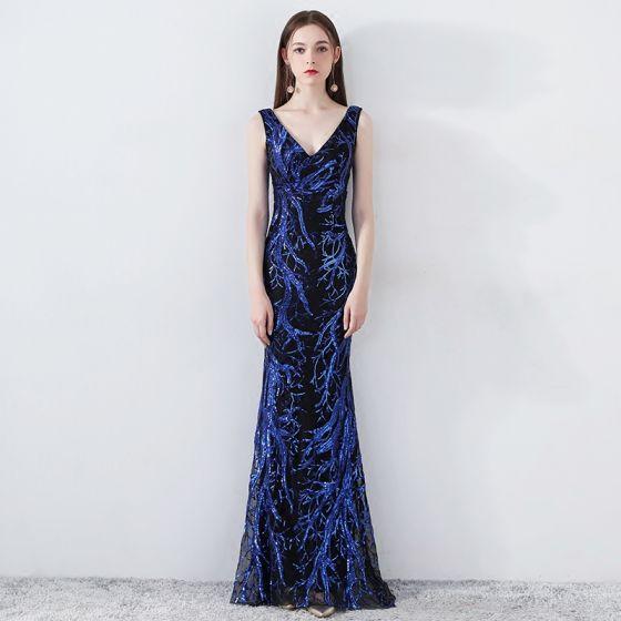 Piękne Królewski Niebieski Sukienki Wieczorowe 2019 Syrena / Rozkloszowane V-Szyja Bez Rękawów Cekiny Bez Pleców Długie Sukienki Wizytowe