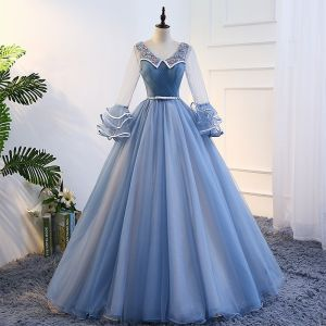 Classic Elegant Sky Blue Prom Dresses 2017 Ball Gown Tulle V-Neck Appliques Backless Beading Prom Formal Dresses