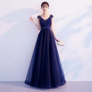 Chic / Beautiful Navy Blue Evening Dresses  2019 A-Line / Princess V-Neck Beading Lace Flower Bow Sleeveless Backless Floor-Length / Long Formal Dresses