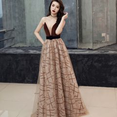 Sexy Brown Suede Evening Dresses  2019 A-Line / Princess See-through Deep V-Neck Sleeveless Striped Tulle Sash Court Train Ruffle Backless Formal Dresses