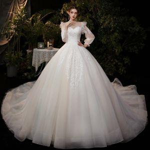 Viktoriansk Stil Champagne Brud Bröllopsklänningar 2020 Balklänning Genomskinliga Urringning Pösigt Långärmad Halterneck Appliqués Paljetter Cathedral Train Ruffle