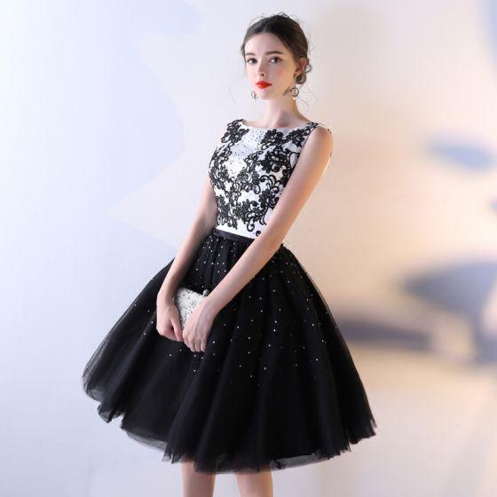 Seksowne Czarne Sukienki Na Studniówke 2017 Suknia Balowa Z Koronki Kwiat Bez Pleców Cekiny Rhinestone Kwadratowy Dekolt Bez Rękawów Krótkie Sukienki Wizytowe