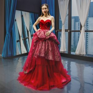 High-end Burgundy Suede Evening Dresses  2020 Ball Gown Sweetheart Sleeveless Glitter Tulle Floor-Length / Long Ruffle Backless Formal Dresses