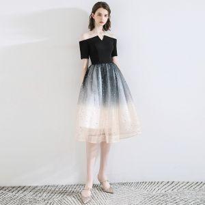 Mode Svarta Hemkomst Studentklänningar 2020 Prinsessa Av Axeln Rosett Stjärna Paljetter Korta ärm Halterneck Knälång Formella Klänningar
