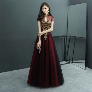 Chinese style Burgundy See-through Evening Dresses  2019 A-Line / Princess High Neck Short Sleeve Beading Floor-Length / Long Ruffle Backless Formal Dresses