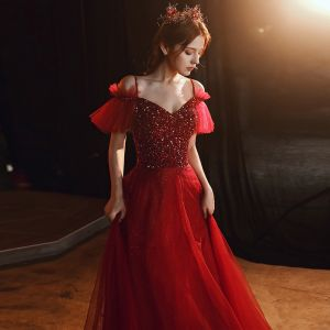 Chic / Beautiful Burgundy Evening Dresses  2020 A-Line / Princess Spaghetti Straps Short Sleeve Sequins Beading Rhinestone Floor-Length / Long Ruffle Backless Formal Dresses