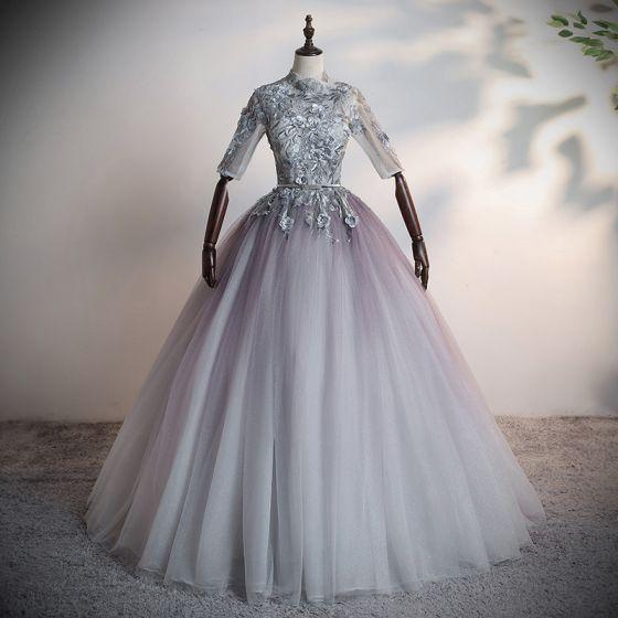 Espejismo Gris Bailando Vestidos de gala 2020 Ball Gown Transparentes Cuello Alto 1/2 Ærmer Apliques Con Encaje Flor Rebordear Perla Rhinestone Metal Cinturón Largos Ruffle Sin Espalda Vestidos Formales