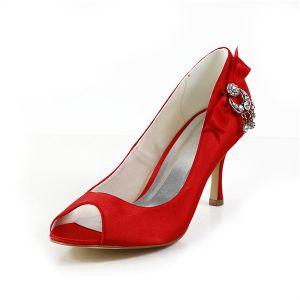 Chics Chaussures De Mariée Rouge Peep Toe Escarpins Talons Aiguilles En Satin Avec Bijoux En Strass