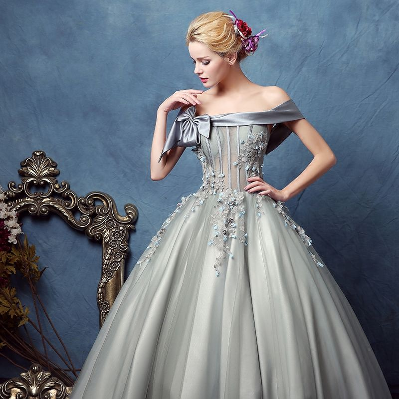 Luxury / Gorgeous Prom Dresses Silver 2017 Appliques Lace Backless Embroidered Strappy Chiffon Cocktail Party Evening Party