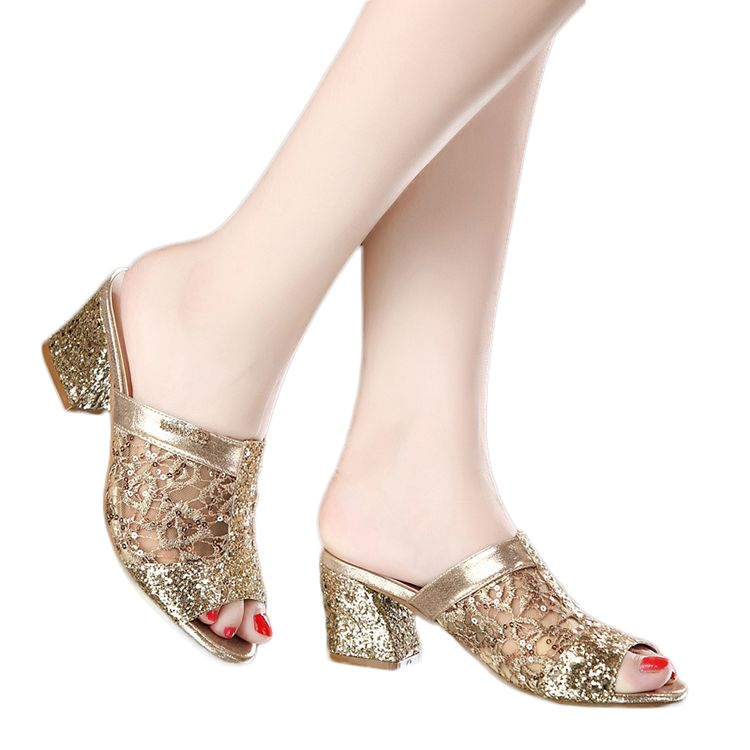 Chic / Beautiful 2017 Gold Beach Leatherette Summer Sequins Thick Heels Mid Heels 5 cm Sandals 5 cm / 2 inch Open / Peep Toe Womens Sandals