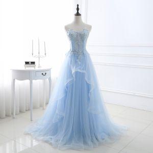 Chic / Belle Bleu Ciel Robe De Bal 2018 Princesse En Dentelle Appliques Cristal Paillettes Amoureux Dos Nu Sans Manches Train De Balayage Robe De Ceremonie