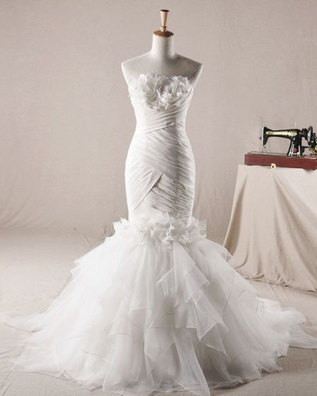 Elegant Ruffles Applique Beading Strapless Organza Mermaid Wedding Dress
