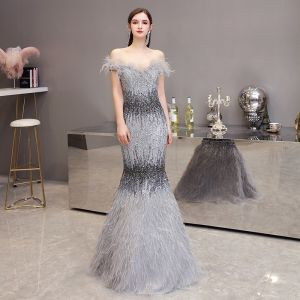 Luxury / Gorgeous Grey Evening Dresses  2020 Trumpet / Mermaid Off-The-Shoulder Short Sleeve Feather Beading Floor-Length / Long Ruffle Backless Formal Dresses