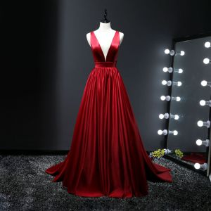 Sexy Red Evening Dresses  2017 A-Line / Princess V-Neck Charmeuse Backless Evening Party Formal Dresses
