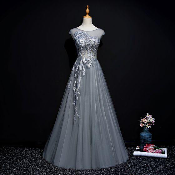 Elegancka Szary Sukienki Wieczorowe 2019 Princessa Wycięciem Frezowanie Perła Cekiny Z Koronki Kwiat Bez Rękawów Trenem Sweep Sukienki Wizytowe