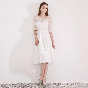 Modest / Simple Ivory Homecoming Graduation Dresses With Shawl 2018 A-Line / Princess Sleeveless Spaghetti Straps Tea-length Ruffle Backless Formal Dresses