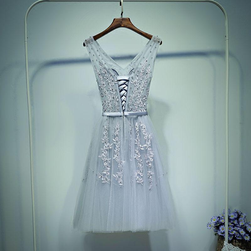 Elegant Grey Formal Dresses Graduation Dresses 2017 Lace Flower Pearl Strappy Short V-Neck Sleeveless A-Line / Princess