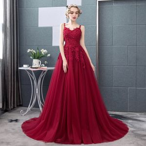 Chic / Beautiful Burgundy Prom Dresses 2018 A-Line / Princess Lace Appliques Crystal Sequins Spaghetti Straps Backless Sleeveless Sweep Train Formal Dresses