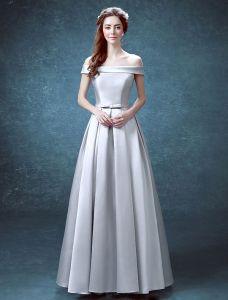 Einfache Abendkleider 2016 Quadratischen Ausschnitt Rüsche Silbersatin Formales Kleid