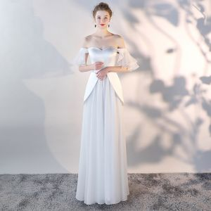 Affordable White Chiffon Evening Dresses  2018 A-Line / Princess Off-The-Shoulder Short Sleeve Floor-Length / Long Ruffle Backless Formal Dresses