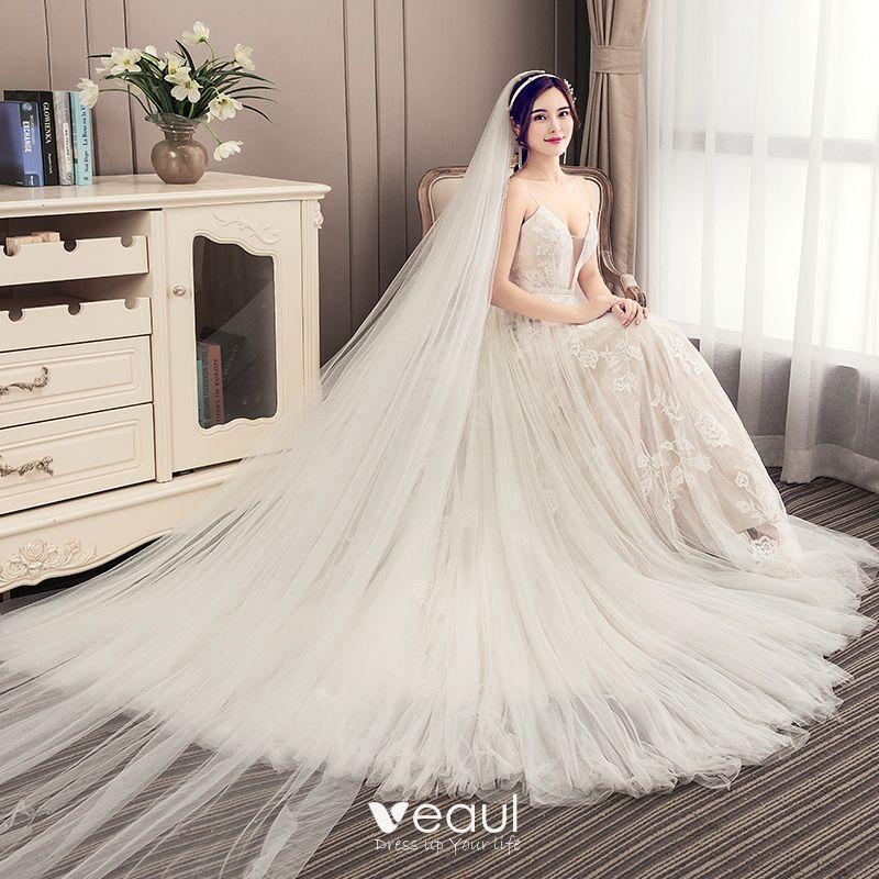 Elegant Champagne Pleated Wedding Dresses 2019 A-Line / Princess Spaghetti Straps Lace Flower Sleeveless Backless Court Train